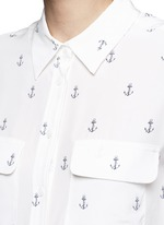 'Slim Signature' anchor print silk shirt