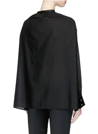 背面 - 点击放大 - THE ROW - 'Miya' wool voile ruche cape back blouse