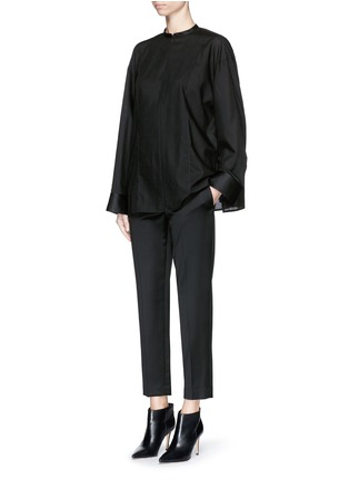 The Row - 'Blake' virgin wool sateen cropped pants