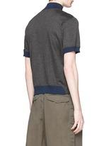 Contrast collar zip T-shirt