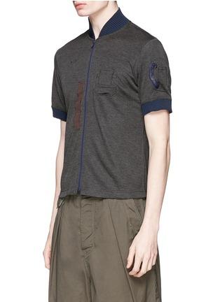 kolor-Contrast collar zip T-shirt
