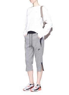 Nike'Sportswear Tech Fleece' cropped drawstring sweatpants