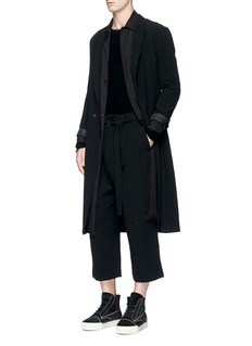 Song for the MutePatch pocket long shirt