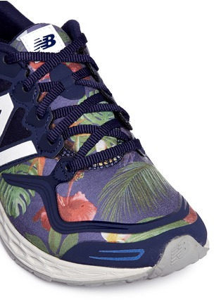 Detail View - Click To Enlarge - New Balance - '1980' floral print Fresh Foam Zante sneakers