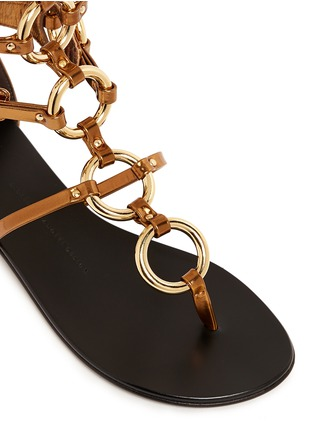 Detail View - Click To Enlarge - Giuseppe Zanotti Design - 'Rock' metal ringlet mirror leather sandals