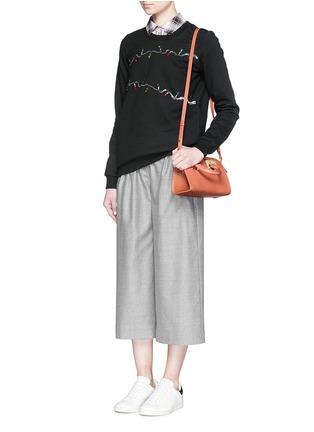 模特儿示范图 - 点击放大 - MARKUS LUPFER - 珠片灯饰纯棉卫衣