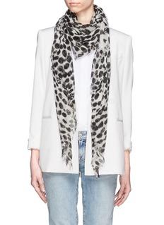 ALEXANDER MCQUEENLeopard skull print cashmere-silk scarf