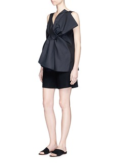 VICTORIA, VICTORIA BECKHAM Oversized bow front cady top