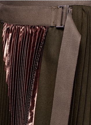 Detail View - Click To Enlarge - Sacai - Lamé pleated flannel wrap midi skirt