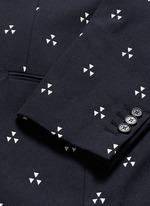 Batik motif slim fit blazer
