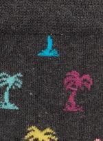 棕榈树图案混棉袜子