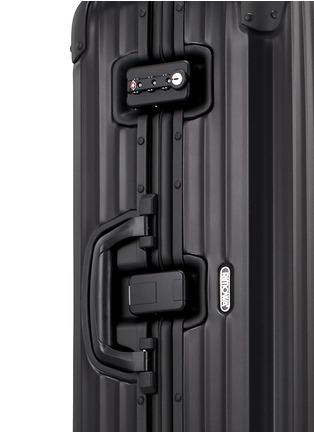 细节 –点击放大 - RIMOWA - Topas Stealth Multiwheel®铝制行李箱(64升 / 26.8寸)