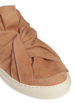 Detail View - Click To Enlarge - Ports 1961 - Twist bow suede sneaker slides