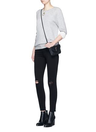 模特儿示范图 - 点击放大 - FRAME DENIM - LE SKINNY DE JEANNE CROP磨破九分修身牛仔裤