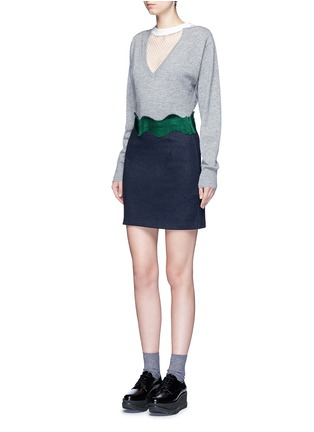 Figure View - Click To Enlarge - TOGA ARCHIVES - Embroidered wavy trim wool mini skirt