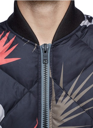 Detail View - Click To Enlarge - Paul Smith - Tribal print quilted down bomber jacket