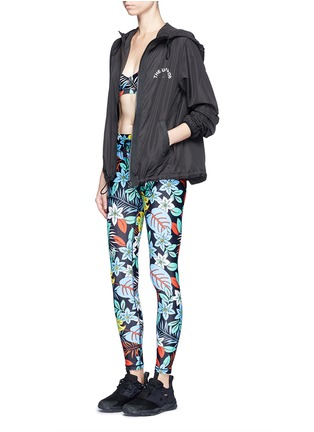 Figure View - Click To Enlarge - The Upside - 'Aloha Tropical' print performance leggings
