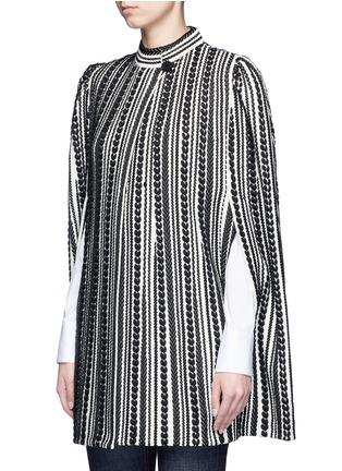 Front View - Click To Enlarge - Alexander McQueen - Textured knit cape