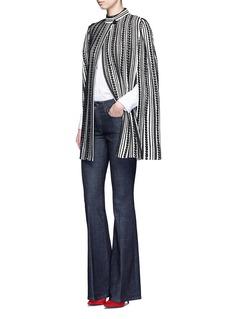 ALEXANDER MCQUEENTextured knit cape
