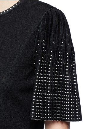 Detail View - Click To Enlarge - Alexander McQueen - Geometric jacquard pleated sleeve knit top