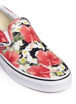 'Classic' floral print canvas slip-ons