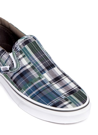 Detail View - Click To Enlarge - Vans - 'Classic' plaid patchwork skate slip-ons