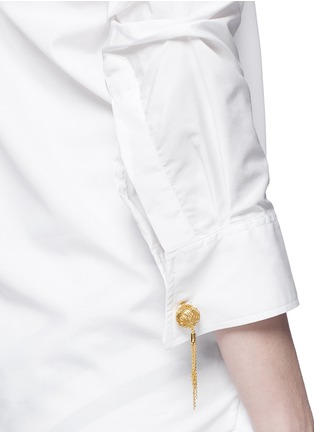 Detail View - Click To Enlarge - Johanna Ortiz - 'Voltaire' chain cufflink one-shoulder shirt