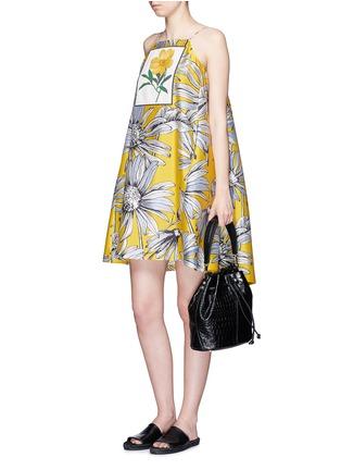 Figure View - Click To Enlarge - Chictopia - Floral print appliqué silk-cotton halterneck dress