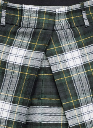 Detail View - Click To Enlarge - McQ Alexander McQueen - Inverted pleat front tartan check wool skirt