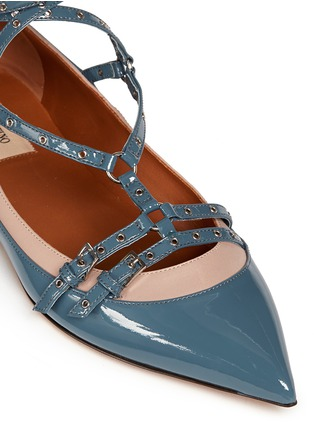 Detail View - Click To Enlarge - Valentino - 'Love Latch' caged patent leather flats