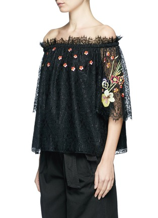 Front View - Click To Enlarge - Temperley London - 'Leo' floral embroidered guipure lace off-shoulder blouse