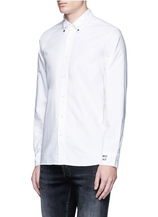 Front View - Click To Enlarge - Denham - x ART COMES FIRST 'Rhys' insignia patch cotton Oxford shirt