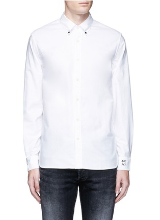 Main View - Click To Enlarge - Denham - x ART COMES FIRST 'Rhys' insignia patch cotton Oxford shirt