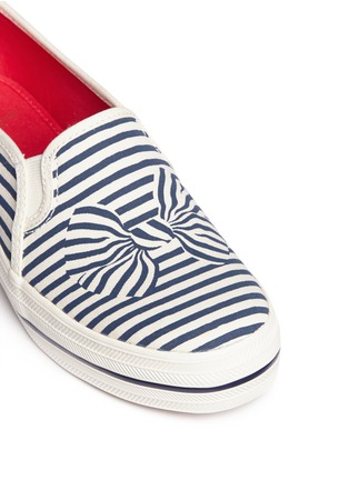 Detail View - Click To Enlarge - Keds - x Kate Spade 'Triple Decker Bow' canvas flatform slip-ons