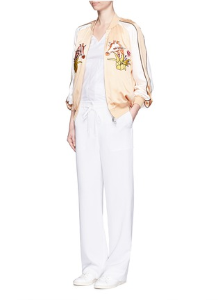 Figure View - Click To Enlarge - HELEN LEE - Giraffe embroidery appliqué silk bomber jacket