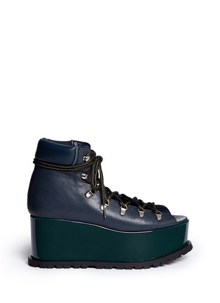 Main View - Click To Enlarge - Sacai - Open vamp patent leather platform mountain boots