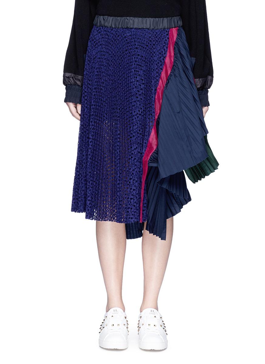 sacai female eyelet lace pleated skirt