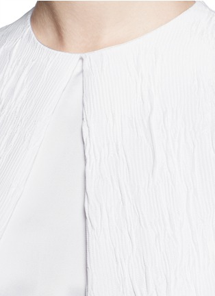 Detail View - Click To Enlarge - Rosetta Getty - Satin panel split front cloqué gown