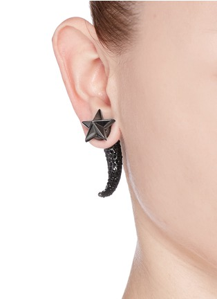 Figure View - Click To Enlarge - Givenchy - Star crystal shark tooth magnetic single earring