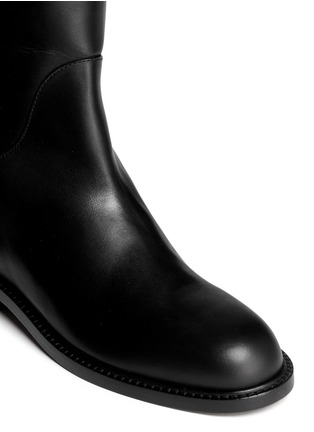 Detail View - Click To Enlarge - Givenchy - Shark tooth turn lock leather riding boots