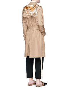 Gucci Tiger patch gabardine trench coat