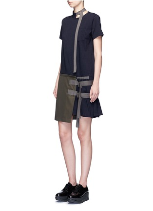 Figure View - Click To Enlarge - Sacai - Buckle strap twill apron T-shirt dress