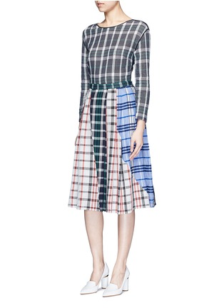 Figure View - Click To Enlarge - RHIÉ - Patchwork plaid pleated cotton skirt