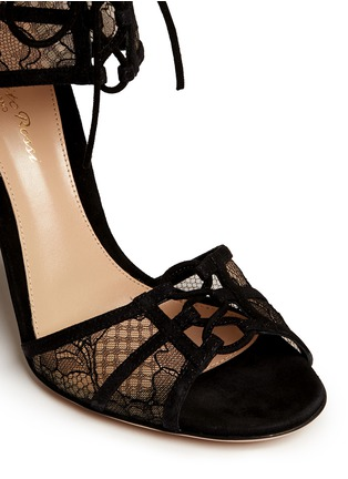 Detail View - Click To Enlarge - Gianvito Rossi - Suede trim floral lace sandals