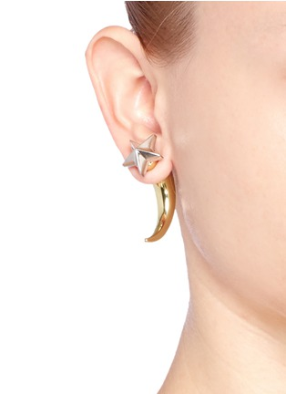 Figure View - Click To Enlarge - Givenchy - Shark tooth stud star earring