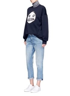Etre Cecile  'Starry Eye' oversized felted badge cotton sweatshirt