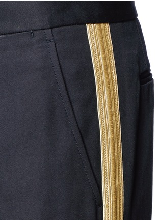 Detail View - Click To Enlarge - Palm Angels - Lurex side stripe cropped pants