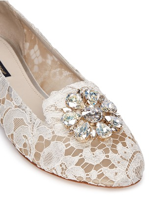 Detail View - Click To Enlarge - Dolce & Gabbana - Jewel brooch Taormina lace flats
