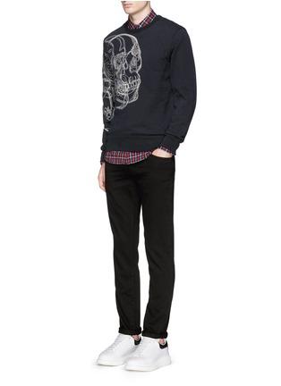 模特儿示范图 - 点击放大 - ALEXANDER MCQUEEN - 骷髅头刺绣纯棉卫衣