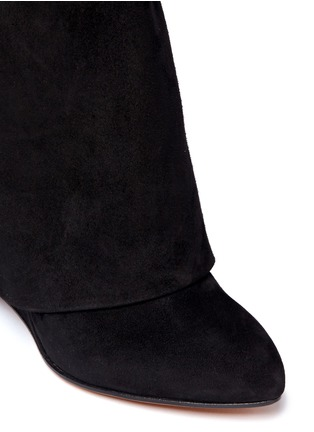 Detail View - Click To Enlarge - Givenchy - Shark tooth turn lock suede wedge boots